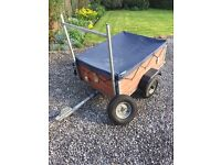 Small TRAILER **mint condition**