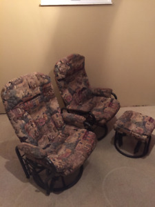 LOOK! Vintage Rocking Recliners & Ottoman