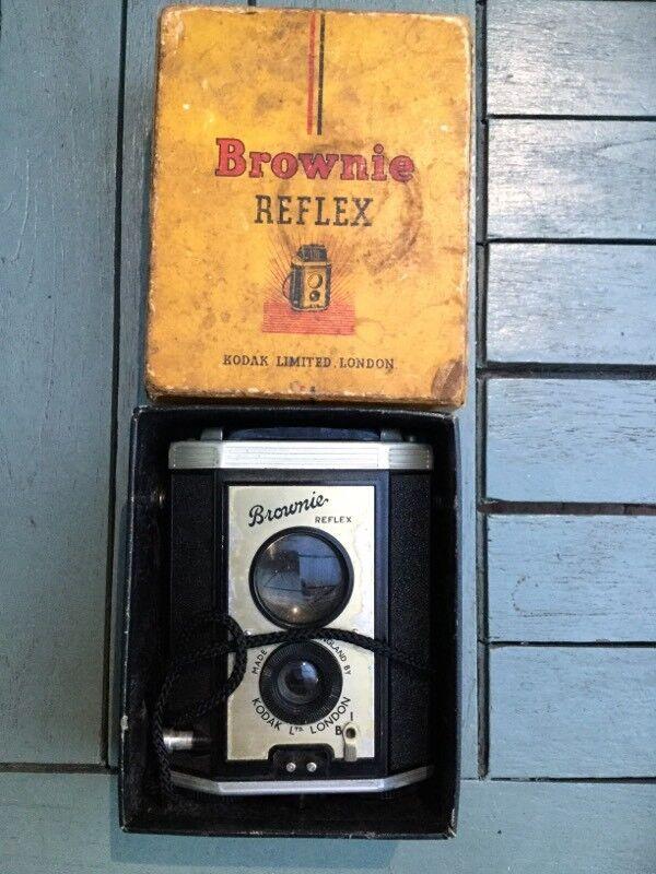 Vintage Kodak brownie reflex camera in original box