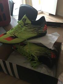 Adidas football boots size adult/junior 7