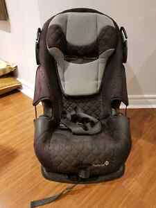 Safety 1st Alpha Mega convertable car seat 3 in 1