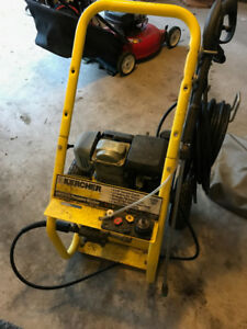 Karcher 2400 psi 5.0 HP Honda-engine gas pressure washer