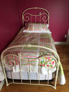 White Wrought Iron single bed frame and mattress