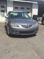 2004 Mazda 3 ; 2.3 GT!! Mags, Toit Ouvrant!!