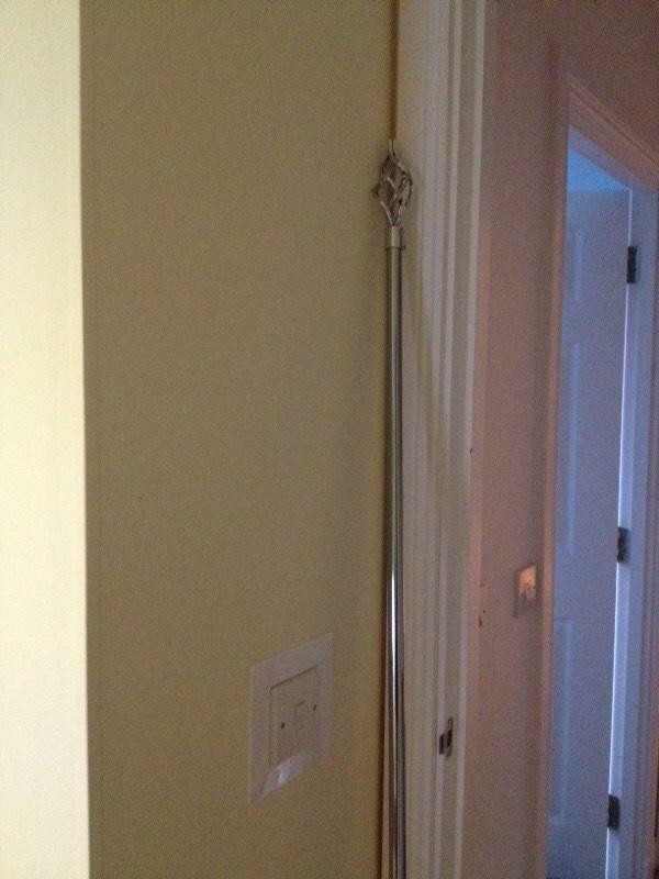 Large Extending Curtain Pole Chrome In Inverness