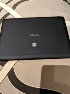 Asus memo tab 10 tablet w/ 16gb micro SD and case