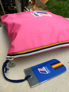 KWAY DUFFLE BAG. ORGINAL. CANDY PINK yet ALL KWAY!