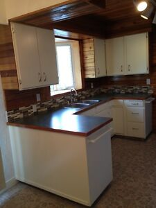 3 bedroom upper level for rent. Prince George British Columbia image 1