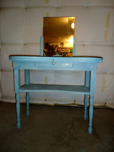 FRENCH VINTAGE VANITY, SHABBY CHIC West Island Greater Montréal image 2