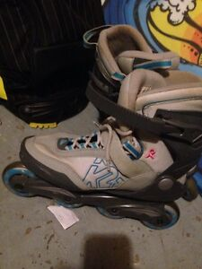 Like new women's rollerblades!