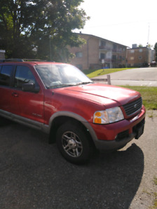 2004 Ford explorer xlt low km for sale
