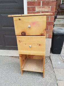 FREE Pine Drawer Thingy.