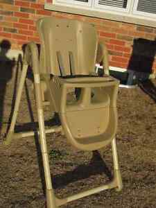 High Chair - Graco