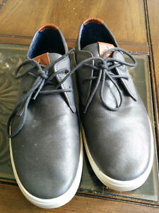 Men's Aldo Shoes Size 9.5