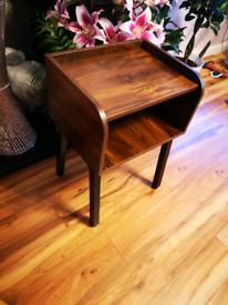 Nigh table