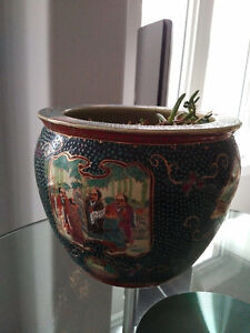 Antique Chinese ceramic flower pot Kitchener / Waterloo Kitchener Area image 2