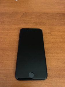 Matte Black iPhone 7  128g Excellent condition