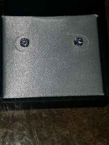 Never used 14k gold diamond earrings 110 need gone now