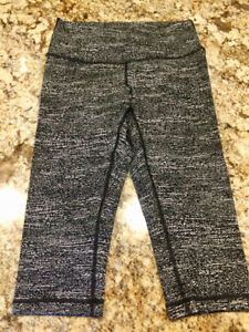 Ladies NEW or LIKE NEW Clothing & Jeans - Size 28-29