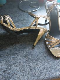 Ladies Gold party sandals