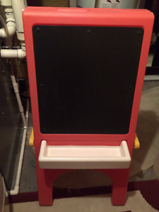 Chalkboard & Easel by Little Tykes - easy to fold away