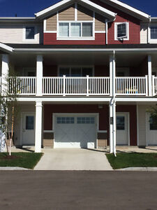 2 bed townhouse in South Pointe DEPOSIT & RENT PAID til December