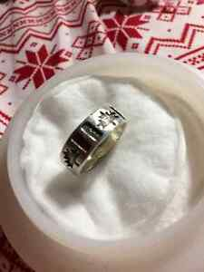 Canadian Flag motif Sterling Silver Ring