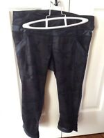 Size 6 Lululemon chase me crops in black camo