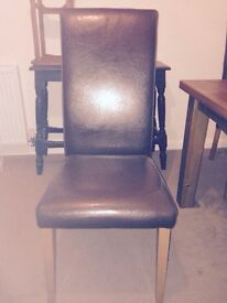 Table and chairs £100