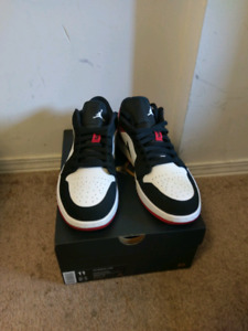 626be59c15f544 Air jordan 1 black toe low