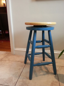 kitchen island buy and sell furniture in ottawa kijiji home styles the orleans kitchen island home depot canada