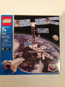 LEGO Discovery International Space Station