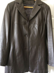 Women's Danier Leather Brown Large Jacket