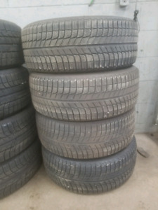 set of michelin winter x ice tires 235/55R17