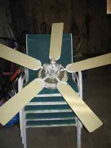 Ceiling Fan with 4 Lights- Perfect Working Condition