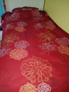 RED DUVET COVER FOR SINGLE BED