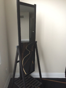 Stand Up Dressing Mirror