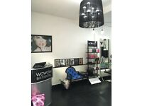 Full/Part Time Hairdresser Required For Busy Salon In Warwick