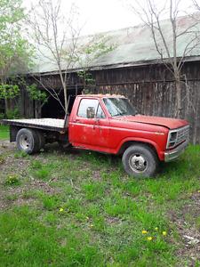 1986 Ford F-350 Pickup Truck