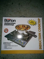 plaque a induction cooktop 1800 watts flambant neuve 100$