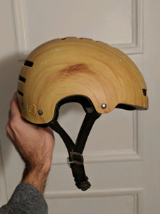 Wood-grain bicycle helmet