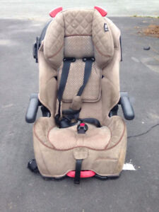 Eddie Bauer Car Seat - Converts Too Booster Seat - Delivery Inc.