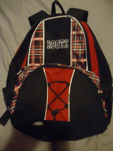 ROOTS KIDS BLACK AND RED BACKPACK