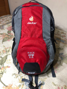 New Deuter Air EXP Race Backpack 13 Liter w 3 litre Hydrtn