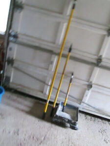painting extension poles and  tray on wheels