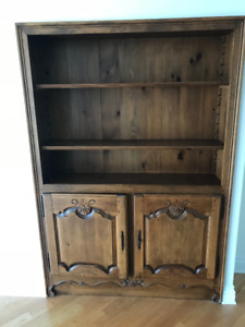 SUBLIME armoire de bois ecastrée .. Ébénisterie!!!