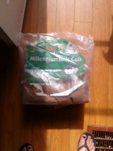Large Bag of Coco Coir for Plants or Reptiles/Rodents obo