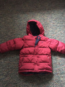 OLD NAVY WINTER JACKET SIZE 5T