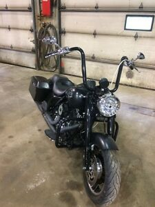 Need gone  2010 Harley Davidson road king police