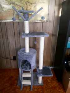 Cat Tree For Sale!